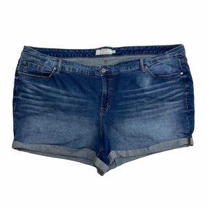 Torrid Medium Wash Cuffed Jean Shorts Size 30